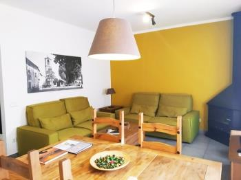 Apartament LA PLAÇA - Apartment in Gualba